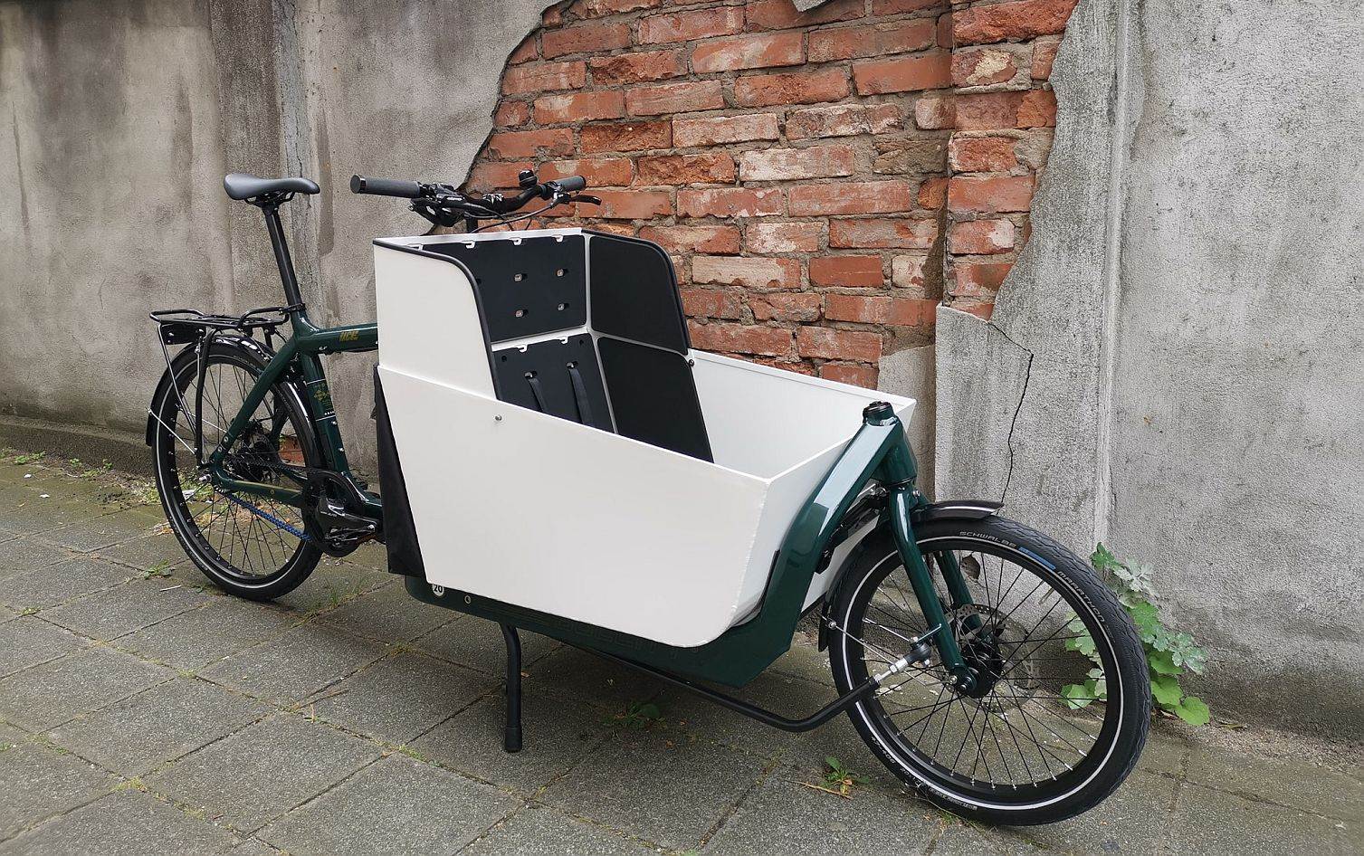 bullitt evobox white